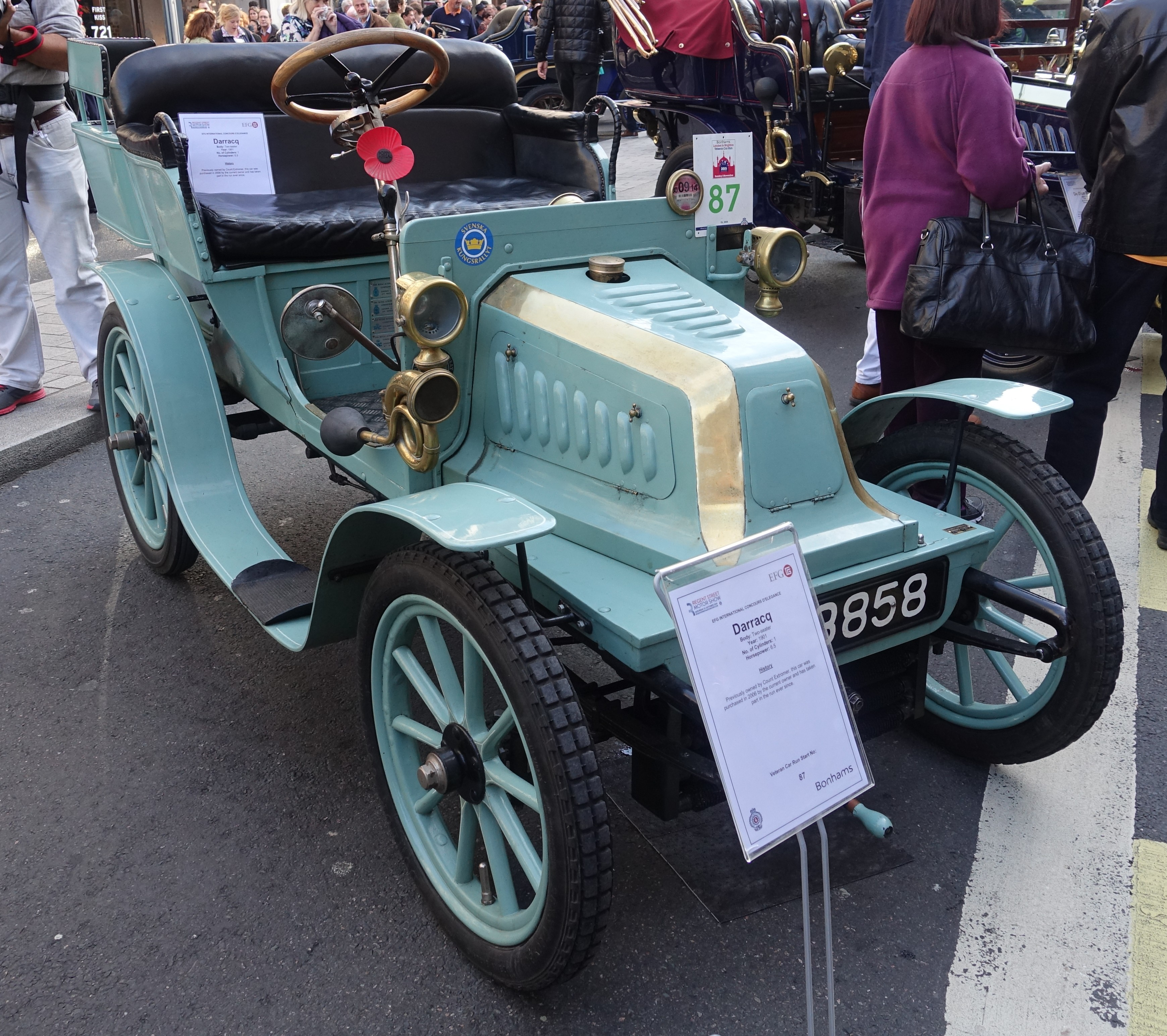 Darracq_1901_Two-Seater_at_Regent_Street_Motor_Show_2015