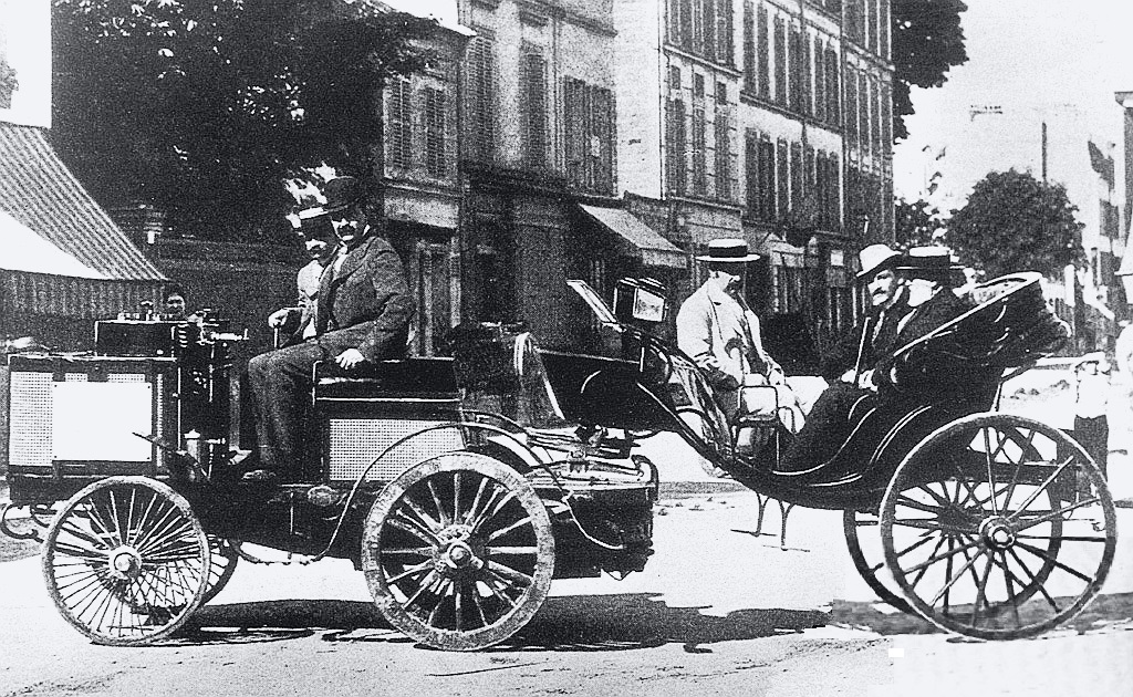 1894_paris-rouen_-_count_albert_de_dion_de_dion-bouton_steam_tractor_finished_1st_ruled_ineligible_for_prize