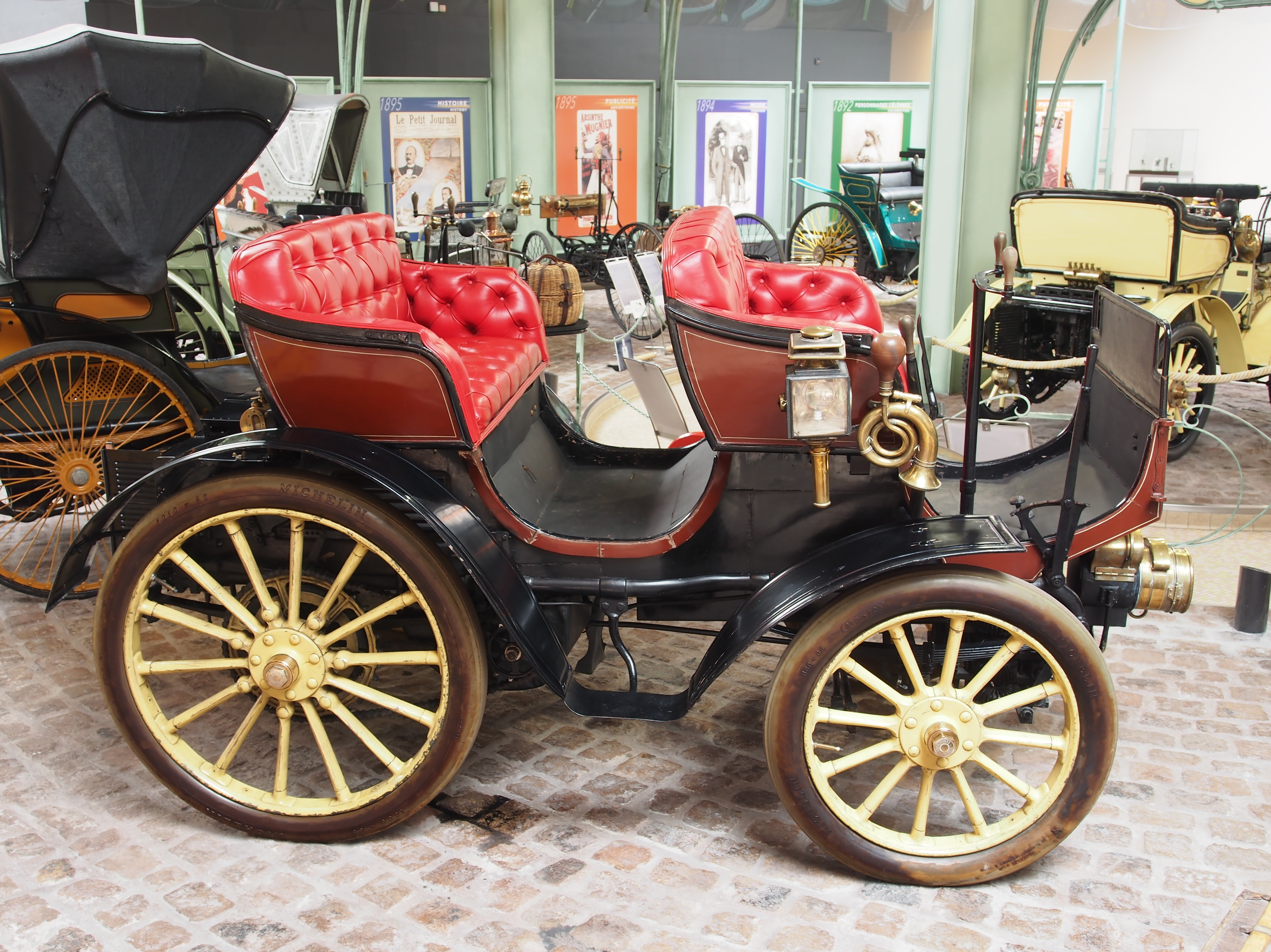 1897_Peugeot_Type_15_Pheaton_photo_3