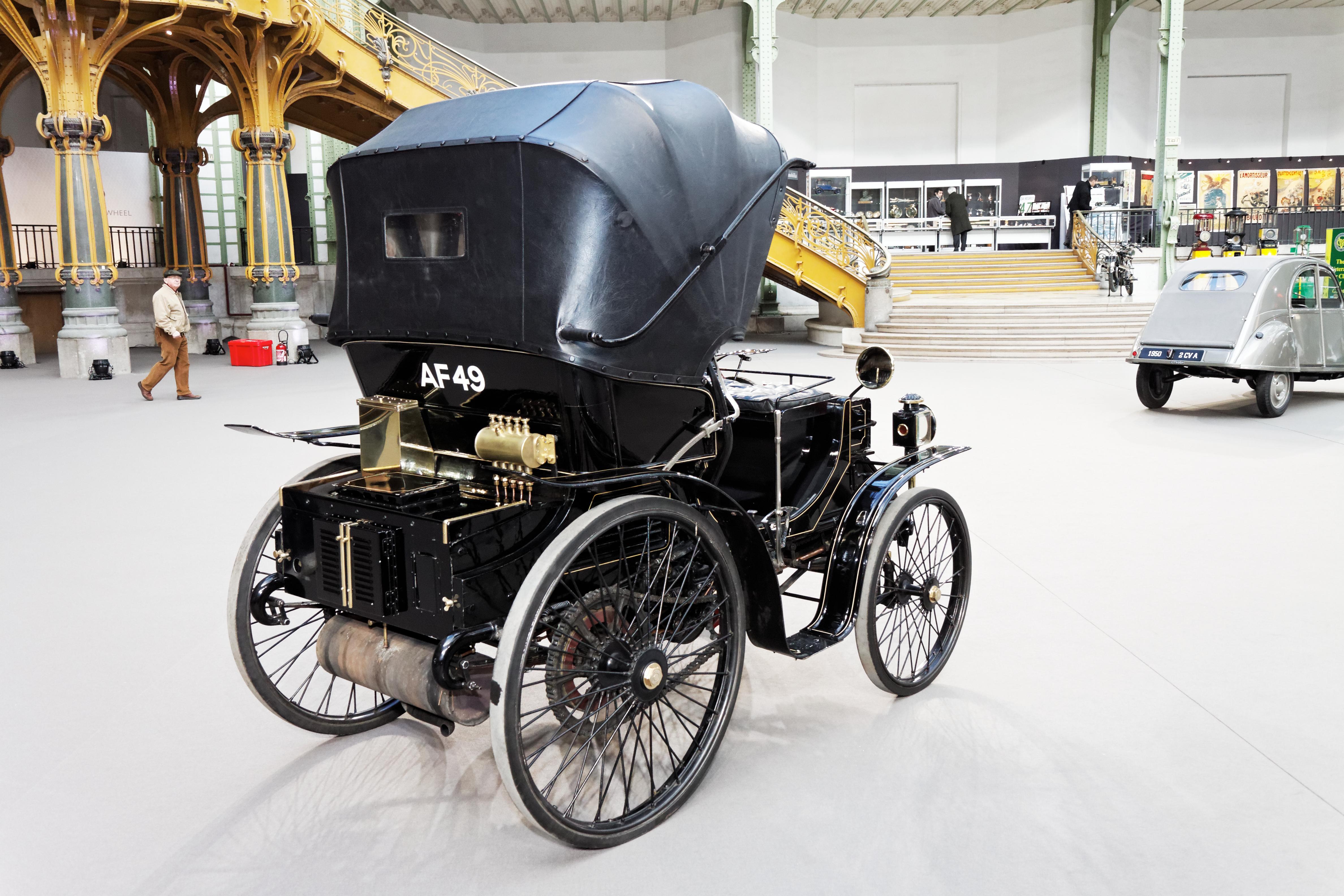 Paris_-_Bonhams_2013_-_Peugeot_Type_17_-_1898_-_007
