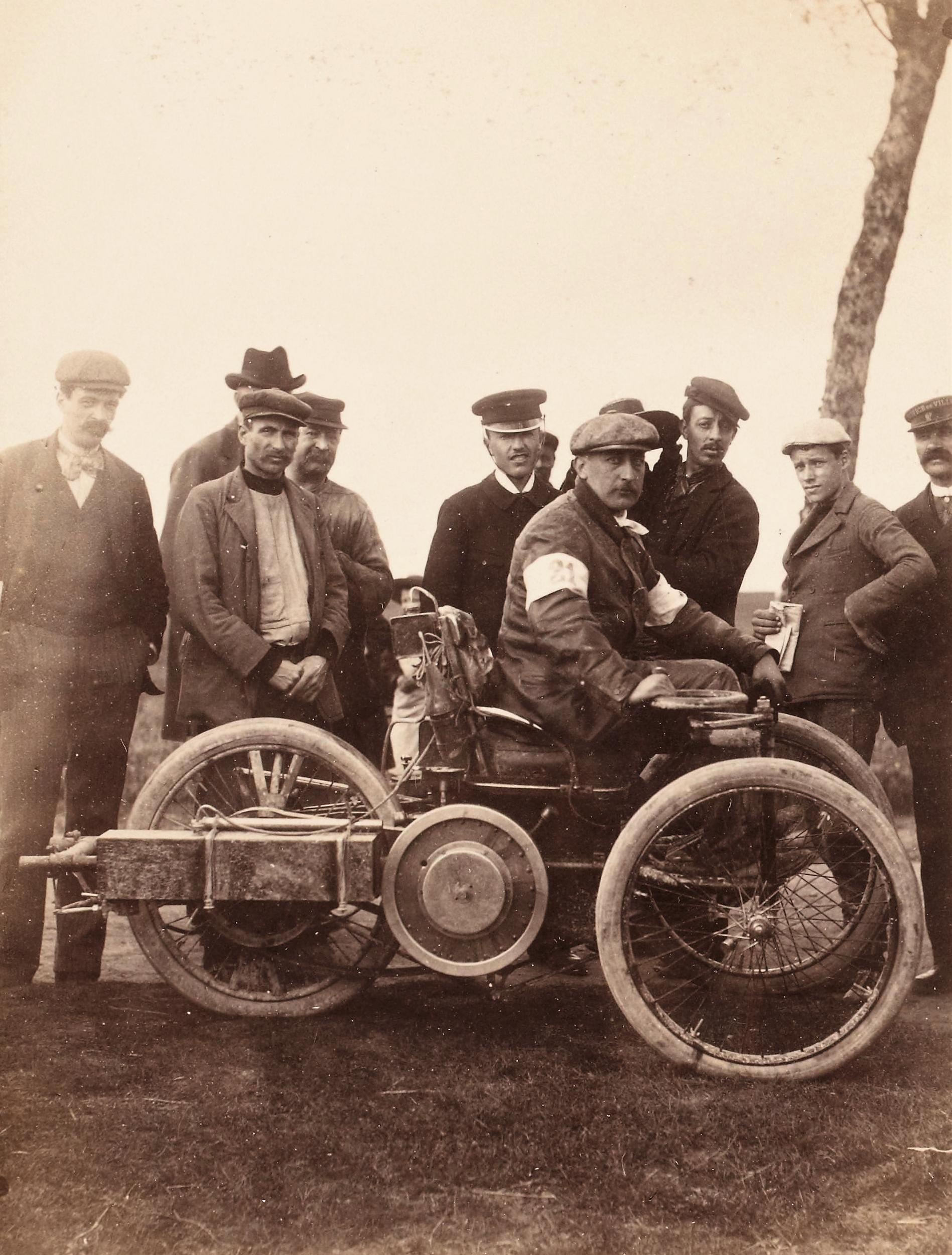Wilfrid-voiturette-Léon-Bollée-28-avril-1898-Critérium-des-Motocycles